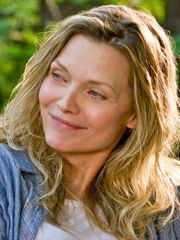 Michelle Pfeiffer in People Like Us for movie review