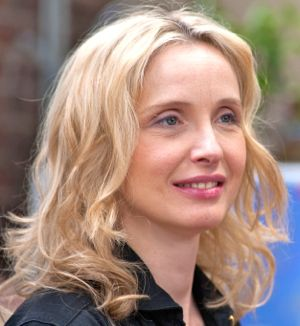 Julie Delpy directs and stars in 2 Days in New York