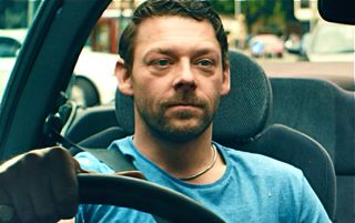 Pusher's Richard Coyle drives around London