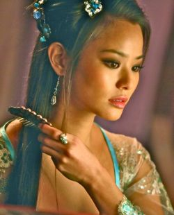 In Man With the Iron Fists Jamie Chung dresses for her lover RZA
