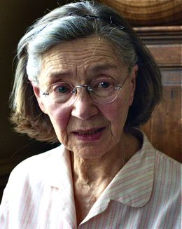 Amour's Emmanuelle Riva receives distressing medical news