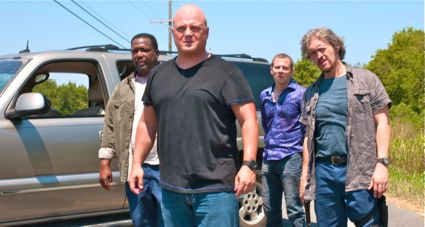 Michael Chiklis and his gang confront Parker