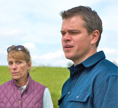 In Promised Land Matt Damon and Frances McDormand try to buy drilling rights
