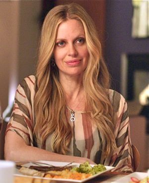 Story of Luke's Kristin Bauer van Straten at dinner table