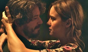 Short Term's John Gallagher Jr embraces Brie Larson