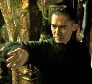 Grandmaster's Tony Leung fights in Golden Pavilion