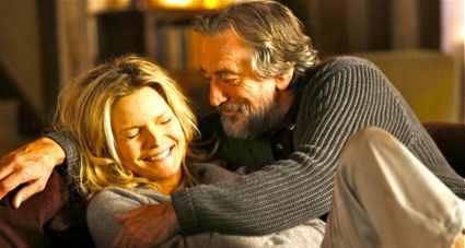 The Family's Robert De Niro enbraces wife Michelle Pfeiffer