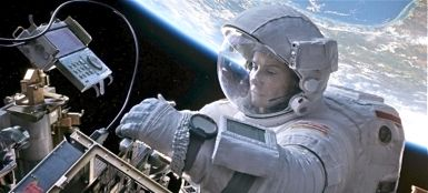 Gravity's Sandra Bullock woks outside space shuttle
