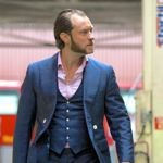 Jude Law's Dom Hemingway walks London street