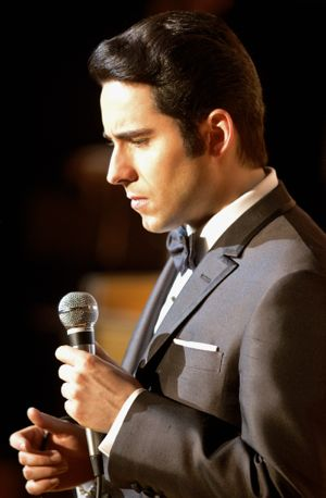 Jersey Boys' John Lloyd Young croons on stage