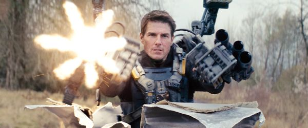 Tom Cruise blasts guns in Edge of Tomorrow