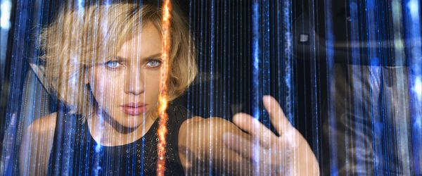 Scarlett Johansson's Lucy runs fingers through physical dimensions she can see