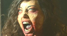 Life After Beth's Aubrey Plaza bears her teeth in full zombie mode