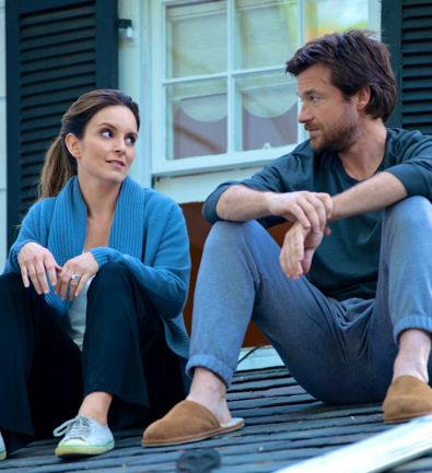 Where I Leave You's Tina Fey and Jason Bateman sit on roof talking