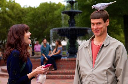 Dumb and Dumber's Rachel Melvin laughs at Jim Carrey with bird sitting on his head