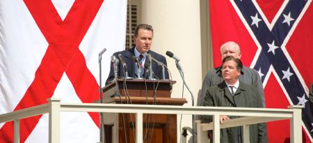 Selma's Tim Roth as George Wallace denounces MLK in front of Confederate flag