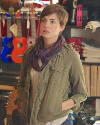 Song One's Anne Hathaway enters music antique shop