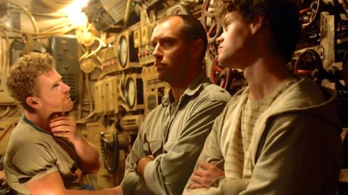 Black Sea's Branwell Donaghay, Jude Law, Bobby Schofield hold tense discussion in submarine