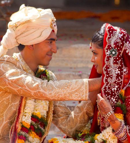 Second Best Exotic Marigold's Dev Patel weds Tina Desai in Indian traditional costumes