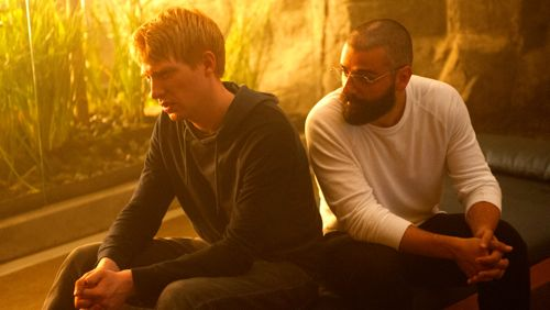 Ex Machina's Domhnall Gleeson, Oscar Issac have intense talk on couch