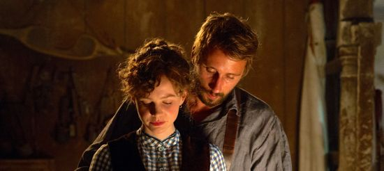Carey Mulligan and Matthias Schoenaerts get intimate in Far from Madding Crowd
