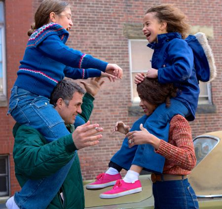 Infinitely Polar Bear's Mark Ruffalo and Zoe Saldana hoist kids on backs