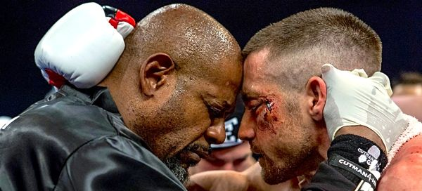 Southpaw's Jake Gyllenhaal and trainer Forest Whitaker embrace in ring