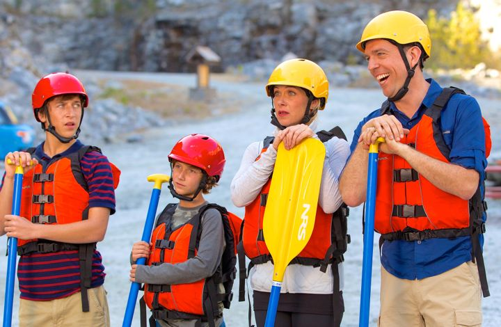 Vacation's Ed Helms, Christina Applegate, Skyler Gisondo, Steele Stebbins venture into white-water raft with fear