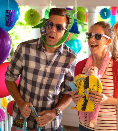 Sleeping With Other People's Jason Sudeikis, Alison Brie arrive at child's birthday party