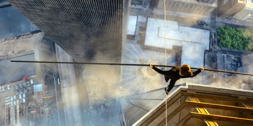 Walk's Joseph Gordon-Levitt walks on cable stretched between World Trade Center's towers