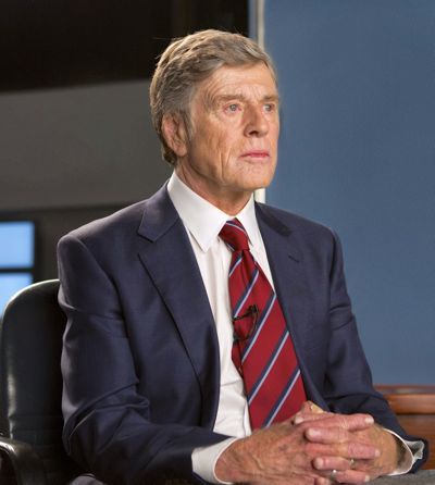 Truth's Robert Redford begins TV newscast as anchor Dan Rather