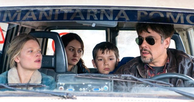 Perfect Day's Benicio Del Toro drives vehicle with Olga Kurylenko, Mélanie Thierry, Eldar Rešidović inside
