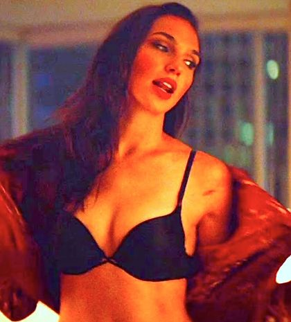 Triple 9's Gal Gadot takes off her clothes