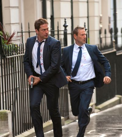 London Has Fallen's Gerard Butler and Aaron Eckhart run along London street