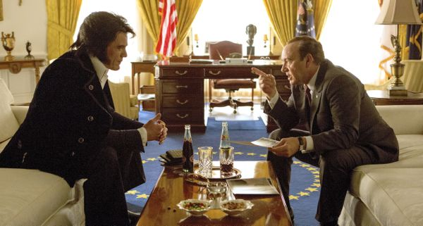 Elvis & Nixon's Michael Shannon, Kevin Spacey sit opposite each other in Oval Office
