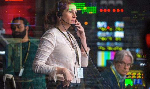 Money Monster's  Julia Roberts looks out from TV control booth