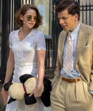 Cafe Society's Jesse Eisenberg, Kristen Stewart stroll Manhattan street circa 1938 in Woody Allen movie