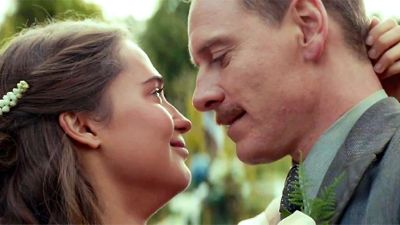 Light Between Ocean's Alicia Vikander, Michael Fassbender embrace