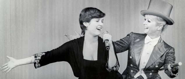 Bright Lights' Debbie Reynolds sings with her then teenage daughter Carrie Fisher